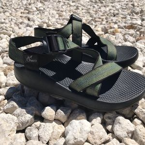 Chaco's Men's Size 7 Green Active Wear Sandals